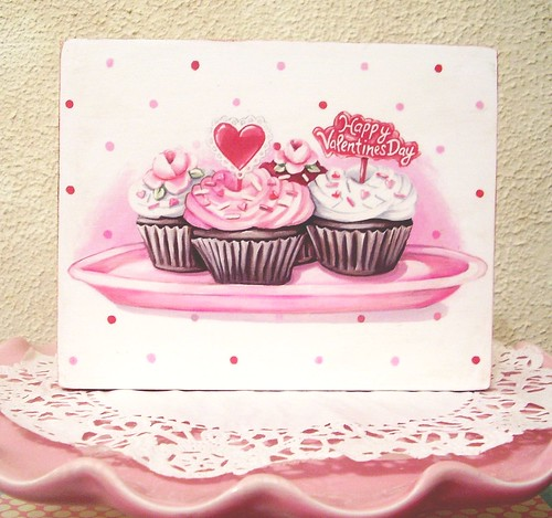 "She's also selling this cute Valentine's Day cupcake 5"" 1/2 x 7"" x 3/4"" wood"