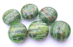 SAMSUNG DIGITAL CAMERA (Glittering Prize - Trudi) Tags: uk green glass beads handmade poppies trudi lampwork lentils sra glitteringprize fhfteam britlamp