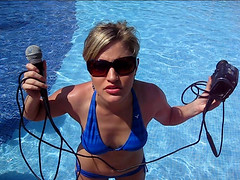 This is safe (ijustine) Tags: pool videocamera microphone cancun jvc ijustine