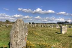 Menhirs (Oric1) Tags: france stone canon french landscape eos 350d rebel brittany eu bretagne breizh bro paysage morbihan breton carnac menhir alignements megalithe armorique argoat francelandscapes oric1 breih