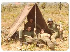 Guarda Presidencial - Acampamento (Mauricio Portelinha) Tags: cobra acampamento cerrado 1979 brasilia bgp exrcito ivaipor mmp1172