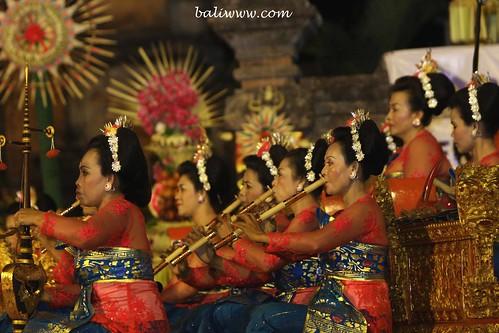 Sekaa Gong