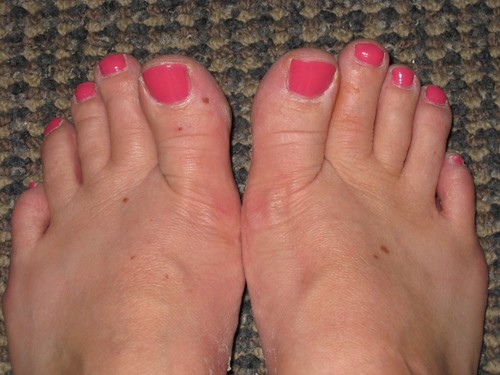 Red toe nail, simple toe nail art designs pictures gallery