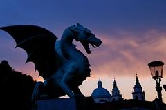 Ljubljana: Sunset at Dragon Bridge (Lucio José Martínez González) Tags: travel viaje sculpture geotagged dragon slovenia ljubljana eslovenia smörgåsbord helluva dragonbridge blueribbonwinner cherryontop luciojosémartínezgonzález luciojosemartinezgonzalez minoltaamount geo:lat=46052342555556 geo:lon=145101652222209 puentedeldragon