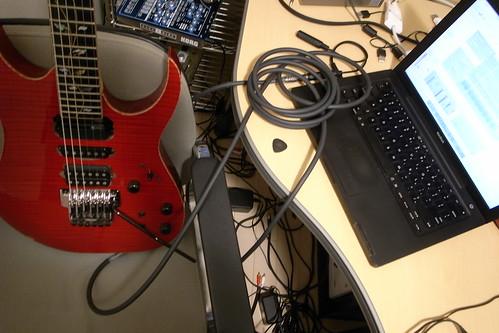 ギターをMacBookに直つなぎ