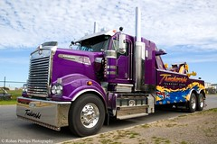 Truckworks T908 (Rohan Phillips) Tags: show new big nikon purple accident d70s rig vehicle trucks heavy towtruck recovery trucking kenworth bigtrucks haulage largecar truckworks 1755f28 t908