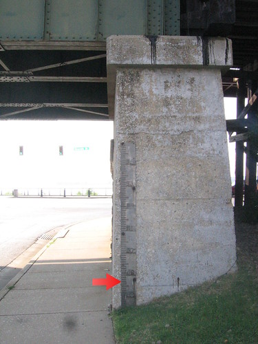 Historic flood stage at 48.7 feet, as seen on Beale
