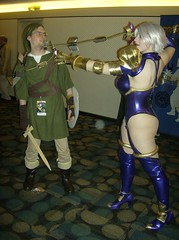 Ivy vs Link (BelleChere) Tags: costume cosplay ivy link soulcalibur dc08 dragoncon2008 ivyvalentine