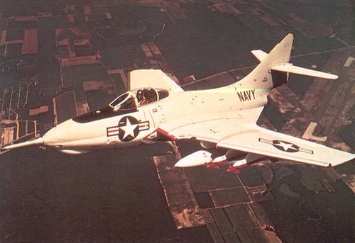 Warbird picture - Grumman_F9F-8