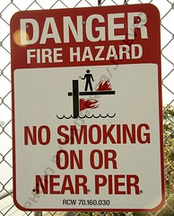 Funny Sign - No Smoking, flaming or anything on the pier (Badger 23) Tags: seattle man sign washington funny humor lustig figure laugh stickfigure stick sein figures engraado funnysign signe divertente zeichen drle grappig segno signo znak    teken enklas inperil  tegn    merkki mrk      badger23