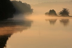 Mythic river (Guido Bl.) Tags: morning fog river germany nrw sonnenaufgang ruhr morgens brd flsse westhofen frhnebel multimegashot