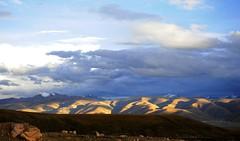 Lhachen (Nagen) la (reurinkjan) Tags: nature tibet 2008 changtang damshung tibetanlandscape lhachennagenla janreurink damshungcounty damgzung