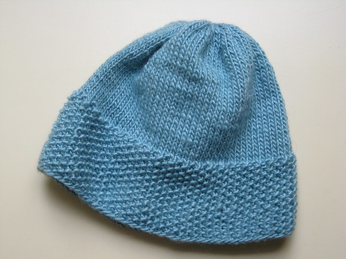 blue seed stitch hat