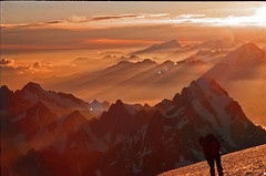 Mont Blanc morning panorama (diamir8000) Tags: mountain alps nature clouds sunrise geotagged morninglight natur berge summit montblanc raysoflight alpinism fujivelvia bergsteigen elevation45005000m cotcmostfavorited altitude4807m yashicafx103 westalpen aplusphoto flickraward platinumheartaward summitmtblanc worldwidetravelogue mountainswesternalps platinumbestshot