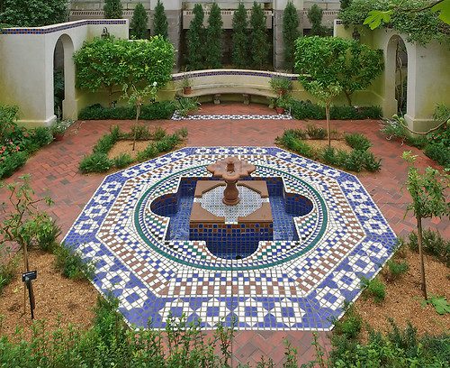 Missouri Botanical Garden (Shaw's Garden), in Saint Louis, Missouri, USA - Moorish fountain in Temperate House