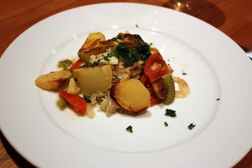Ryba na vine a zelenine