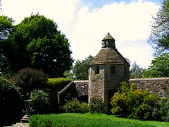 The Dovecote at Nymans Garden, East Sussex (UGArdener) Tags: england english garden sussex spring haywardsheath unitedkingdom britain stonework nationaltrust doves springtime englishgardens nymans latemay dovecotes englishtravel
