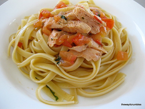 Pasta - Tomato Tuna Garlic