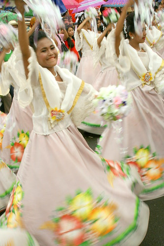 Sinanduloy Cultural Troupe