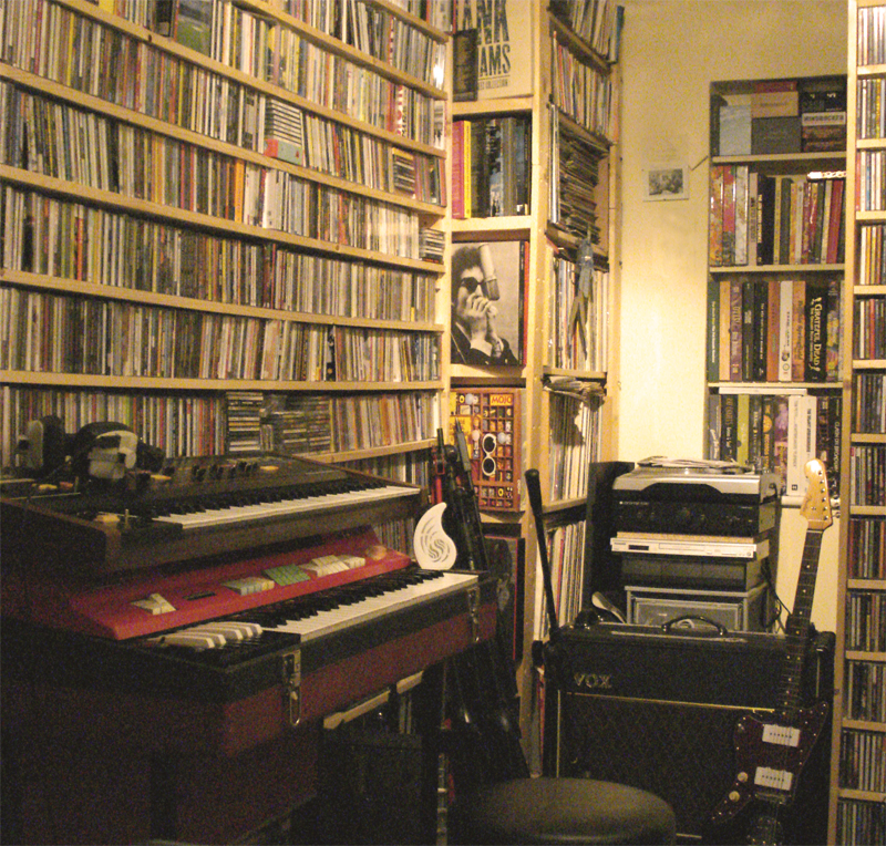 It Hugs Back, The Record Room