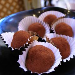 .Malteser Inside! (vivienne*) Tags: food dessert sweetsoup malteser kowloonbay