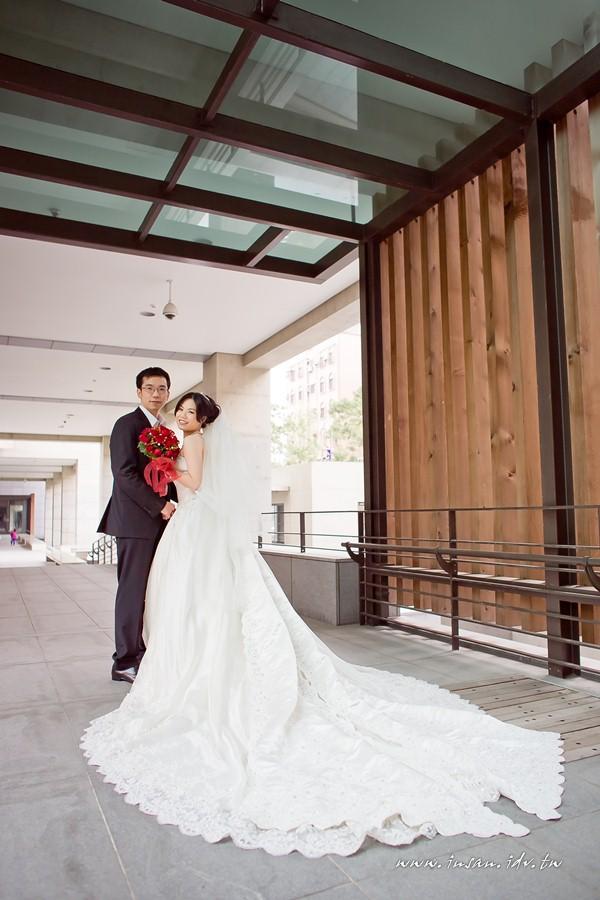 wed110326_0608