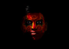 Man With Traditional Makeup On His Face For Theyyam Ceremony, Thalassery, India (Eric Lafforgue) Tags: light india face democracy worship vishnu indian makeup bodylanguage kerala dancer yeux indie ritual hindu indi maquillage indien hind indi inde southindia hodu malabar southasia indland  hindistan devam indija   ndia theyyam hindustan kannur kasargod teyyam  theyam thalassery tellicherry  lafforgue   ericlafforgue hindia indedusud  theyyattam bhrat 703768 lafforgueindian  kolathunadu indhiya bhratavarsha bhratadesha bharatadeshamu bhrrowtbaurshow  hndkastan