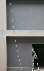 (LichtEinfall) Tags: composition wire baustelle ladder fassade leiter fabrication rheinauhafen erpe ju164a raperre haphazartfabrication urbancubism