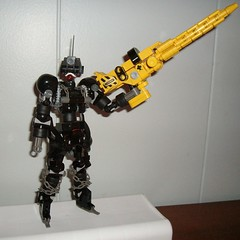 riot commander 001 (JINZONINGEN 73) Tags: black grey riot military gray terrorist nighttime technic weapon covert cannon flea weaponry bionicle 73 ops raids pns jinzo blay jinzoningen bley riotflea jinzoningen73