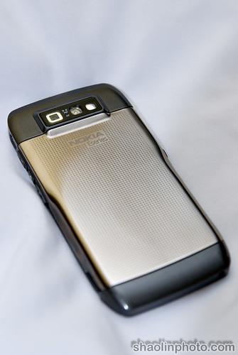 Nokia E71 - Back