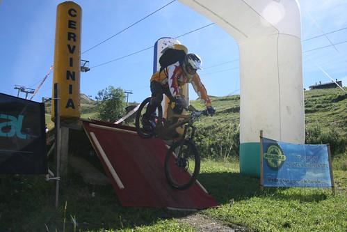 005 - MaxiAvalanche Cerviniz por Sport Communities.