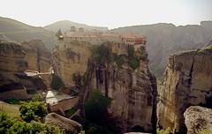 Meteora Greece-Ελλάδα (Pierre♪ à ♪VanCouver) Tags: meteora greece ελλάδα absolutelystunningscapes mallmixstaraward sofarsocute monastery kalambaka grèce