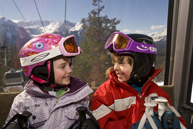 Lake Louise kids in gondola