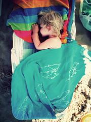 Beach Nap (p!o) Tags: summer baby cute beach sand estate sleep daughter dream naptime sonno vacanze pacifier pareo canona620 fakevintage sannicandro emmapooh torremileto summer2008 sannicandrogarganico