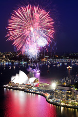 Happy New Year! (ShotsbyGun.com) Tags: nightshot fireworks nye sydney 1755mmf28g operahouse 2008 d300 twtmeiconoftheday