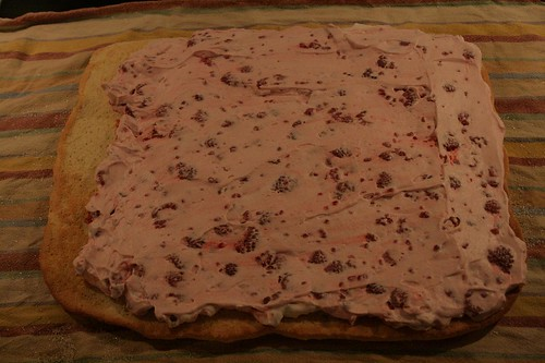 Raspberry-cream filling