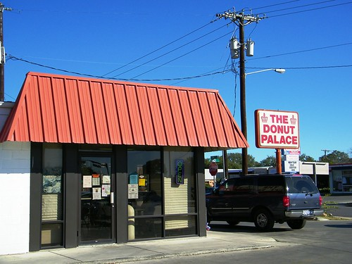 The Donut Palace in Seguin