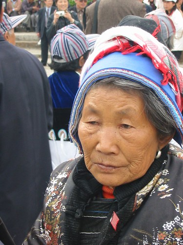 Oud Naxi-besje ziet er moe uit, van al dat dansen
