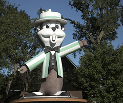 Fairchild the MN State Fair Mascot