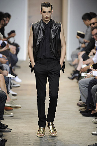 Adrien Sahores301_SS10_Paris_Givenchy