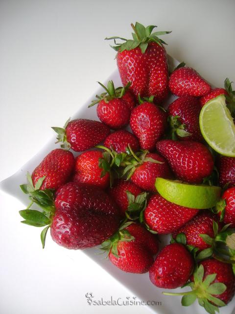 Strawberry cream and yoghurt