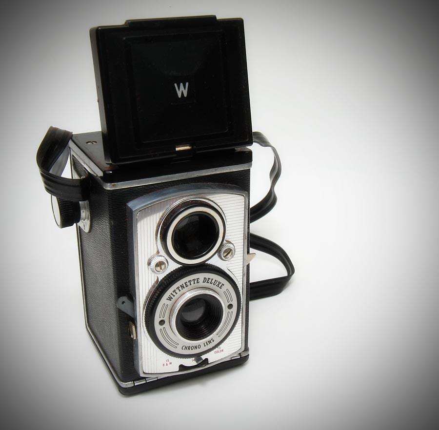 Wittnette Deluxe - Wittnauer Camera