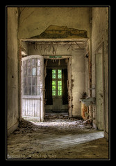The open door! (♥ Damona-Art •.¸¸.•´¯`•.♥.•´¯`) Tags: old light urban abandoned lost nikon women rooms raw alone doors belgium decay hdr hospitals d300 salvemater mywinners bigfave abigfave psychiatriccentre