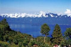 Maninjau Lake (Gynaf) Tags: lake padang danau maninjau sumatrabarat