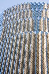 Highrise 1374 (Kurt Preissler) Tags: sanfrancisco california city sky urban detail building window glass metal architecture modern skyscraper concrete office high skyscrapers geometry angles structure architectural highrise tall rise scraper
