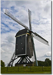 Windmill in Brielle (The Netherlands) (B'Rob) Tags: birthday blue streetart holland verde green art mill netherlands windmill azul photography photo yahoo google rotter