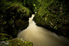 (Northumbria Photography) Tags: longexposure green canon river geotagged waterfall rocks stream sigma rapids northumberland burn 1020mm linn 1020 cheviots sigma1020mm thecheviots hethpool canoneos400d hethpoollinn geo:lat=55549587 geo:lon=2158459