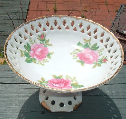 lefton pink roses bowl