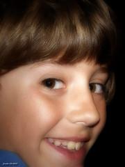 JAVIER (jmsoler) Tags: retrato 2008 efectoorton olympussp550uz jmsoler