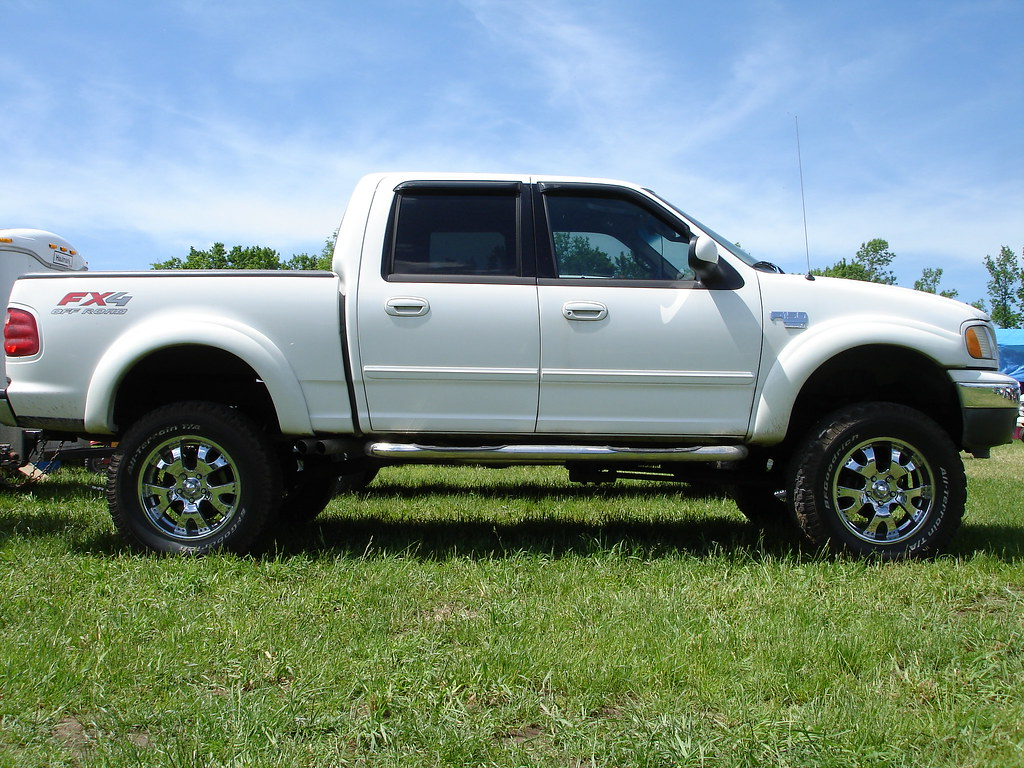 The Worlds Newest Photos By Jungle Fender Flares Flickr Hive Mind 2004 Toyota Tacoma Big White F150 Crewcab Fx4 Tags Ford With Offroad 4x4